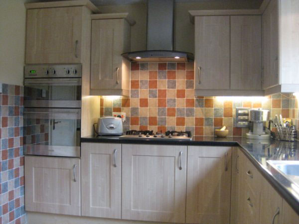Bathroom Kitchen Lighting Shop Saltash kitchen fitter saltash - kitchenbedsbathrooms.co.uk